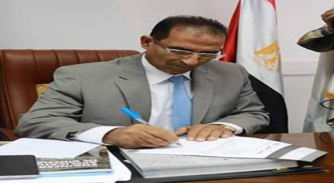 رئيس جامعة أسوان: يهنيء القيادة السياسية والشعب المصري بذكرى انتصارات السادس من أكتوبر المجيدة